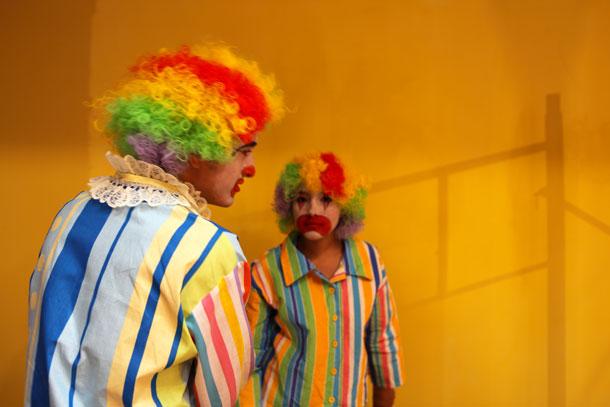 Clowns-baja-NO,610